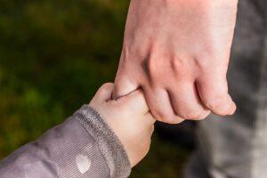 未成年者がいる場合の遺産分割協議【実践!相続税対策】第404号